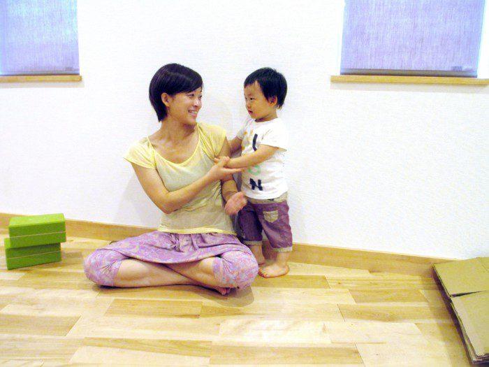 産後ママのための「お子様連れOKパーソナルトレーニング・少人数制グループレッスン」